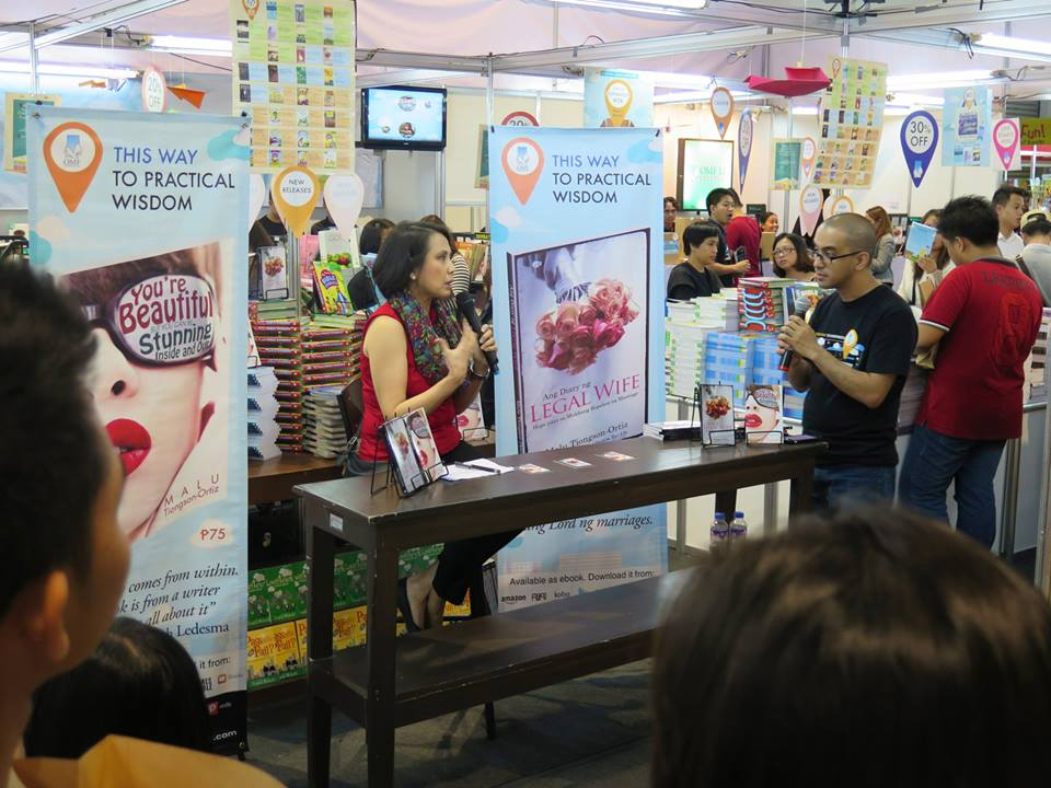 Malu being interviewed at the Book Fair