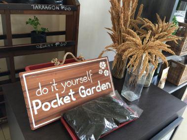kimberly 3 pocket garden