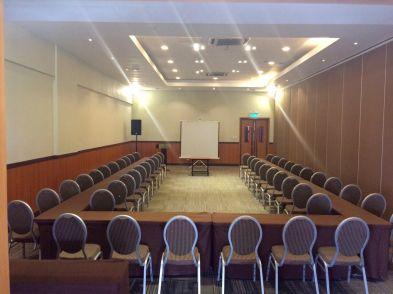 Hotel Kimberly Executive Meeting Room 1