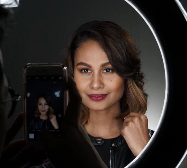 venus mirror shot