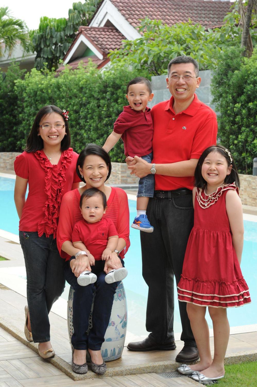 glenn jackie family red