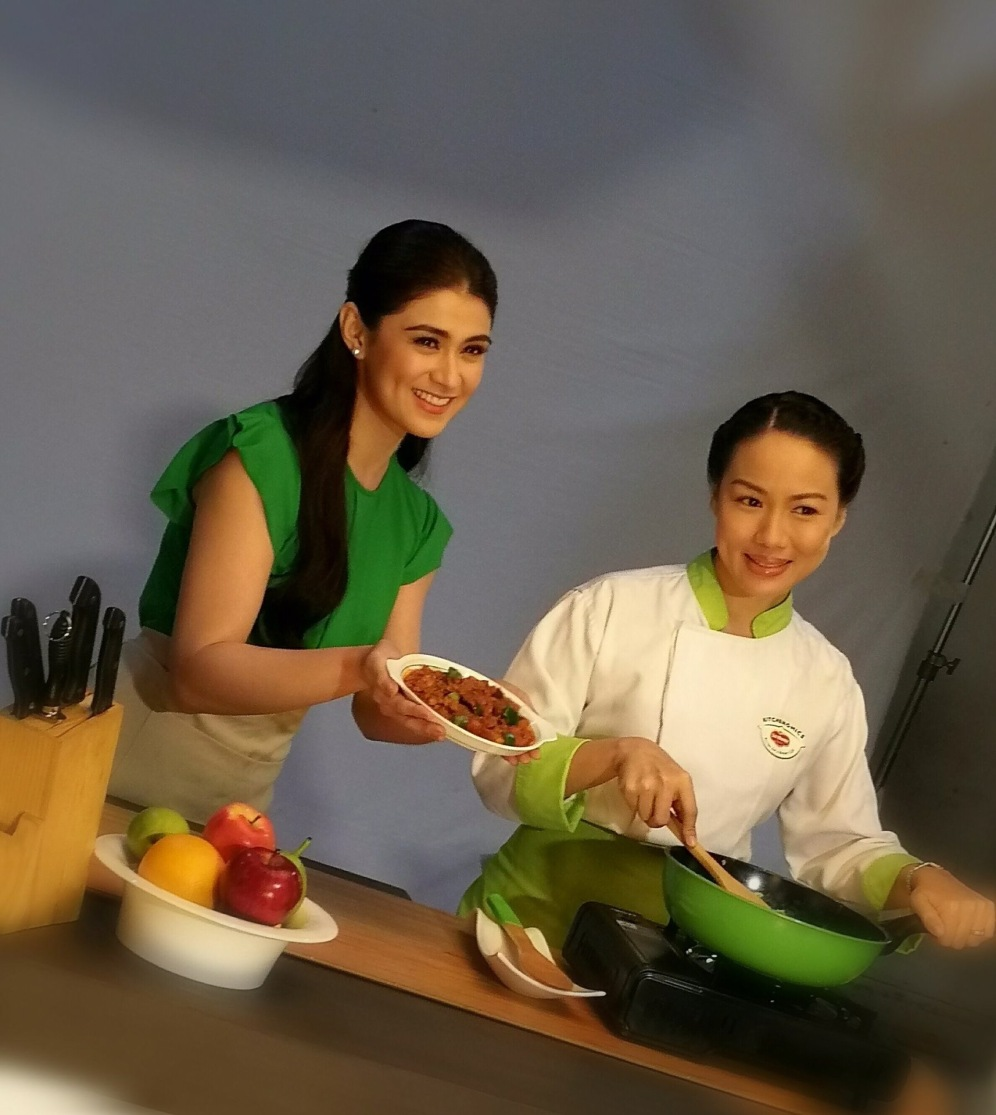 Chef Jackie on her TV show with Carla Abellana on Sundays at 11:55am