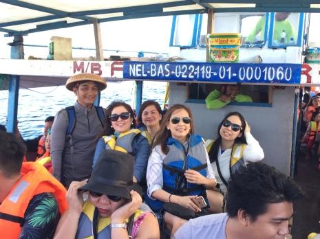L-R: Kuya Art, me, Emy, Malu, Joanne